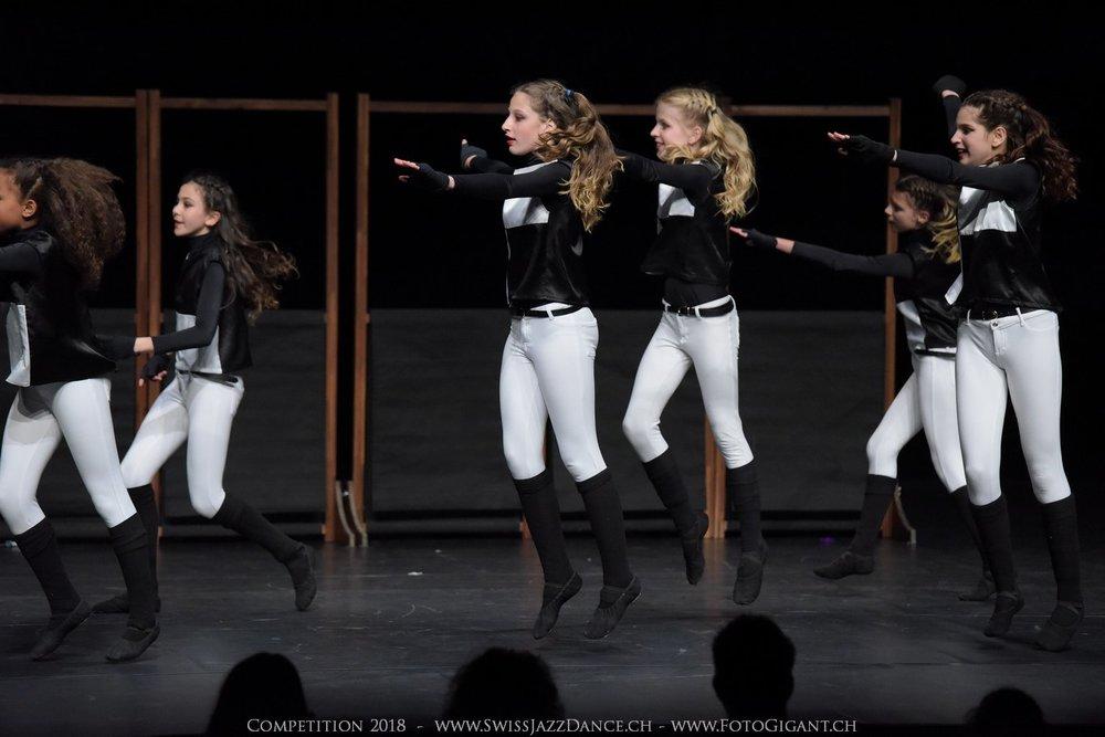 Showdance_2018_1257s.jpg