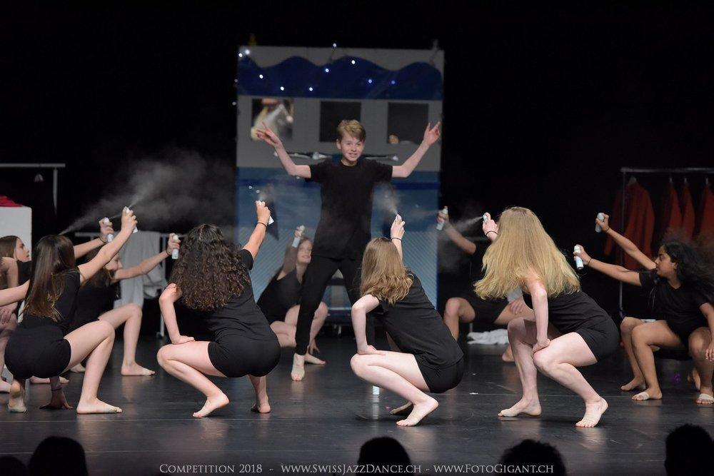 Showdance_2018_1427s.jpg