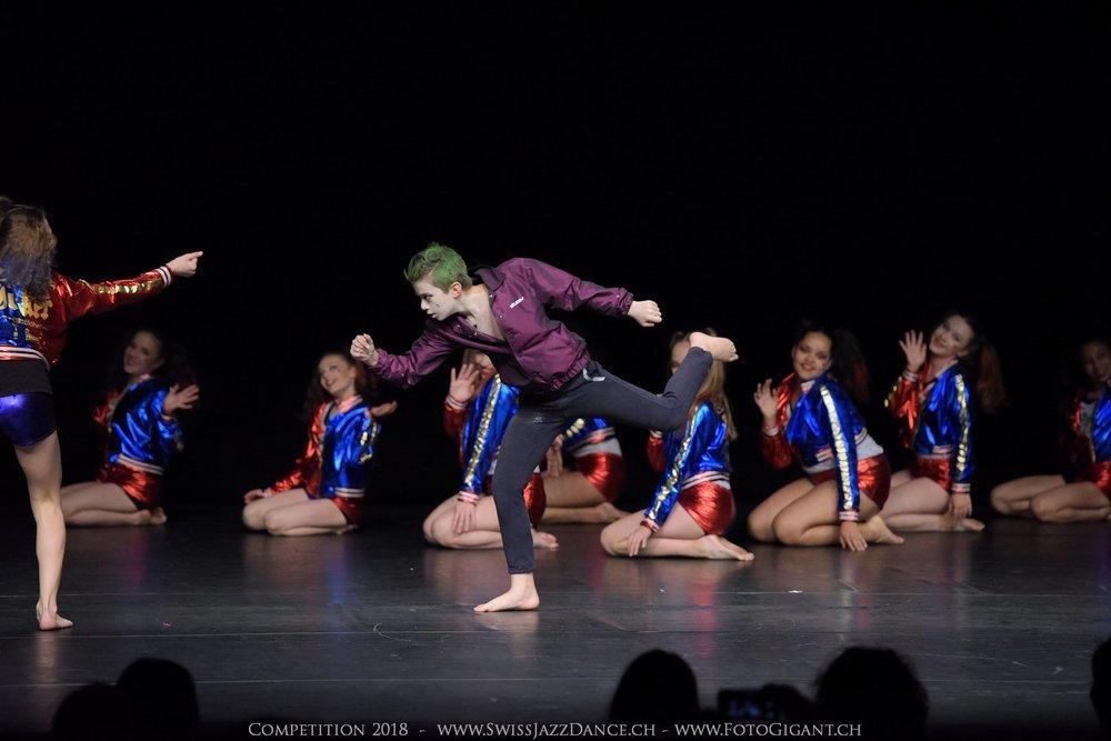 Showdance_2018_1758s.jpg
