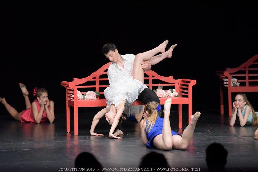 Showdance_2018_1944s.jpg