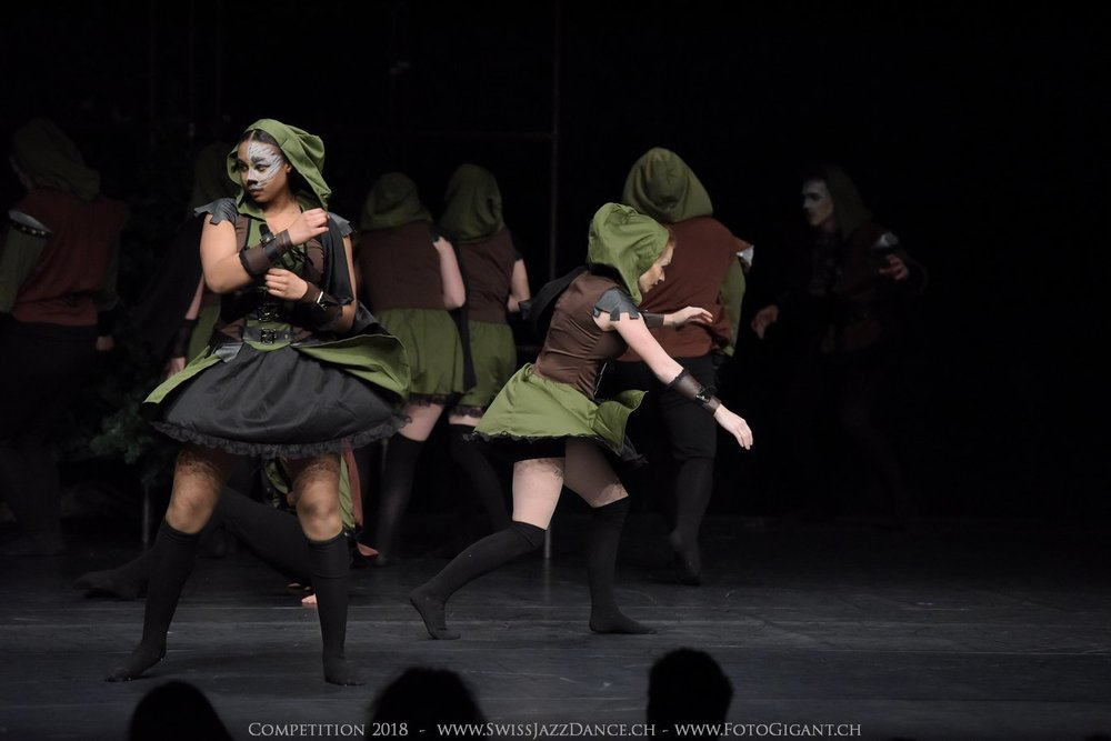Showdance_2018_2412s.jpg