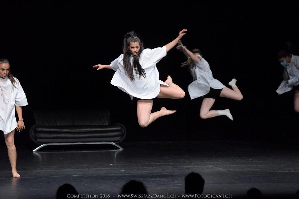 Showdance_2018_2543s.jpg
