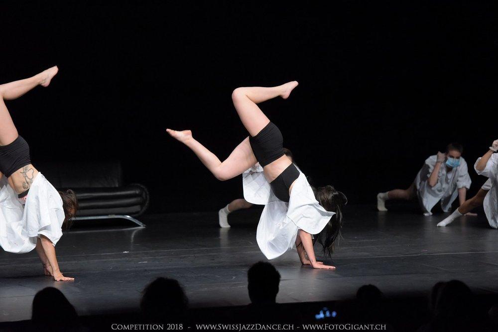 Showdance_2018_2545s.jpg