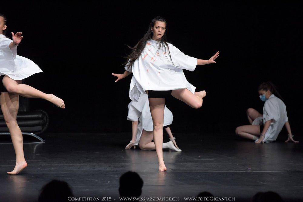 Showdance_2018_2547s.jpg