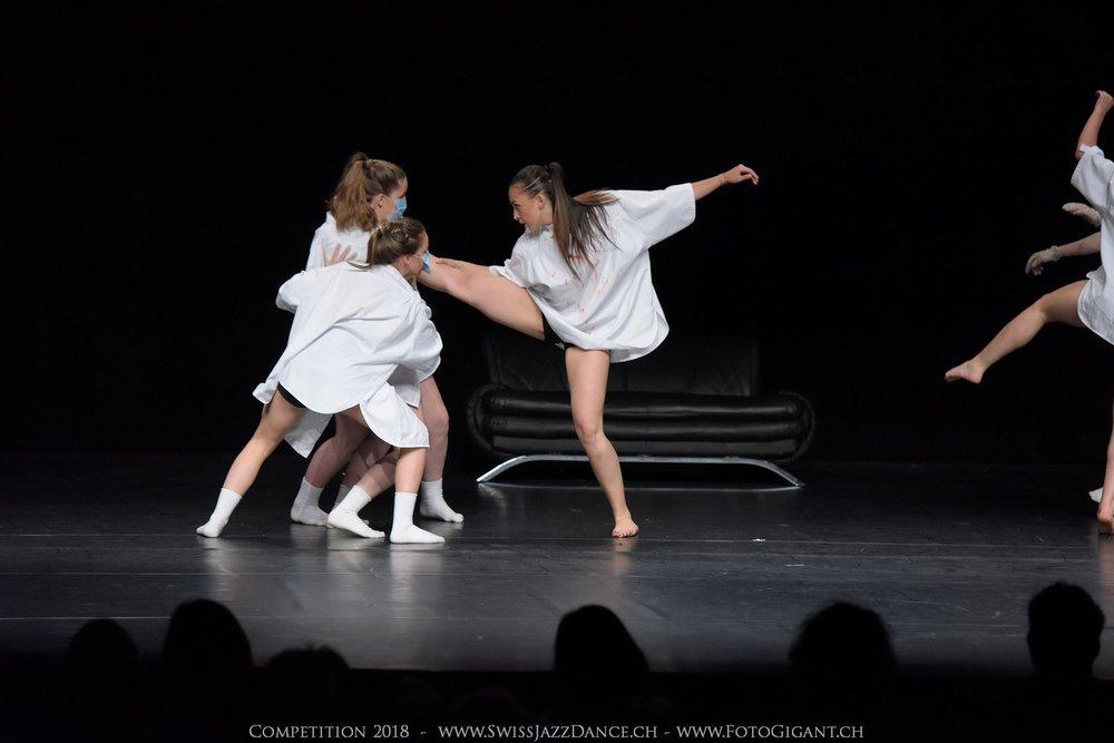 Showdance_2018_2566s.jpg