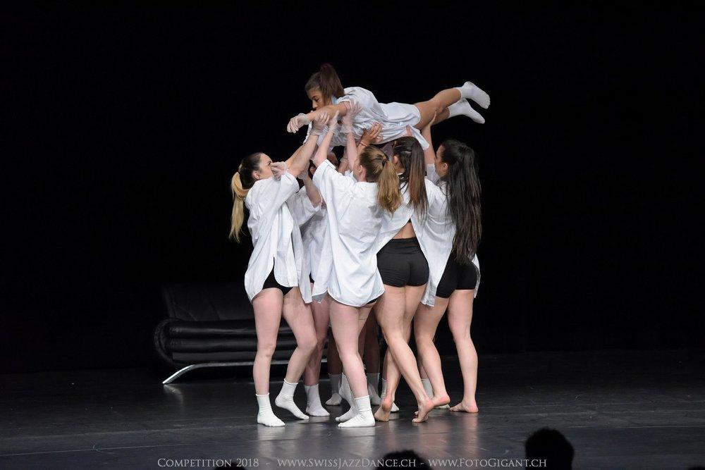 Showdance_2018_2611s.jpg
