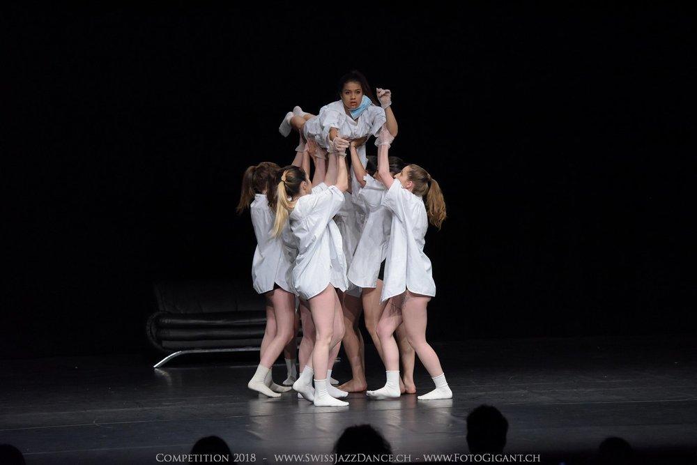 Showdance_2018_2613s.jpg