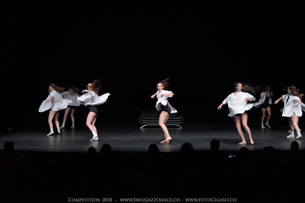Showdance_2018_2623s.jpg