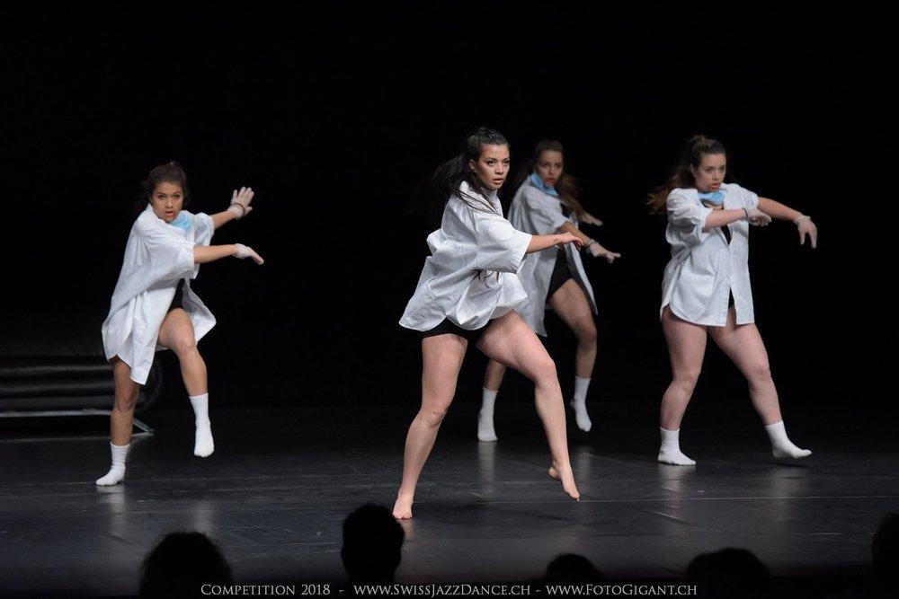 Showdance_2018_2628s.jpg