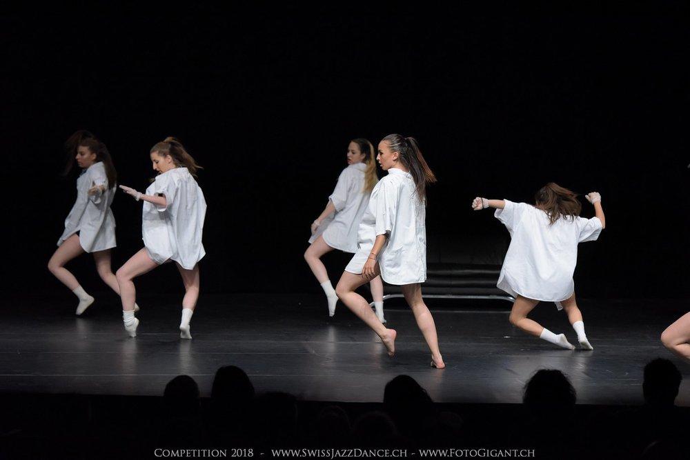 Showdance_2018_2643s.jpg