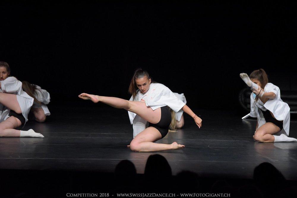 Showdance_2018_2655s.jpg