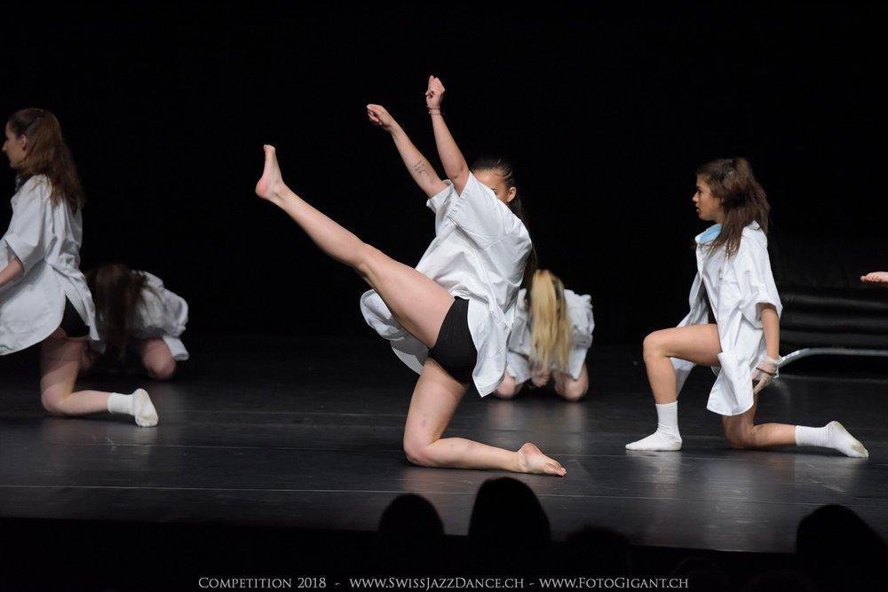 Showdance_2018_2668s.jpg