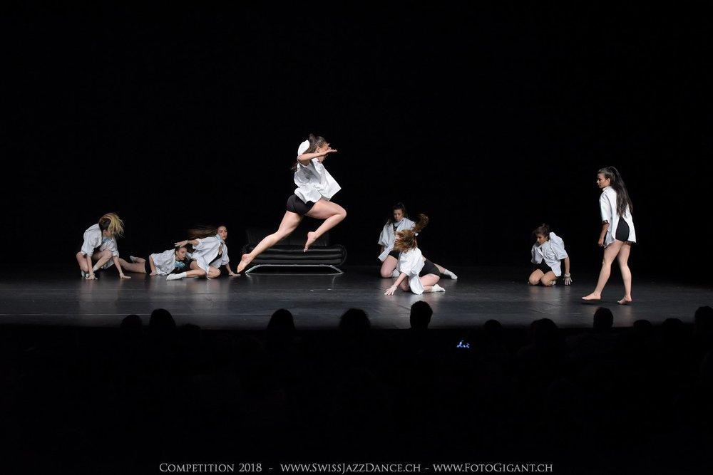Showdance_2018_2681s.jpg