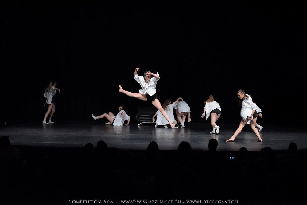 Showdance_2018_2682s.jpg