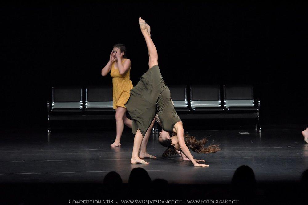 Showdance_2018_2790s.jpg