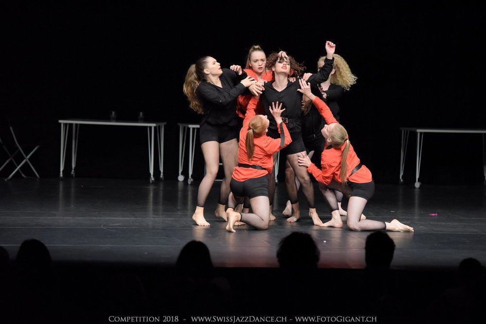 Showdance_2018_2867s.jpg