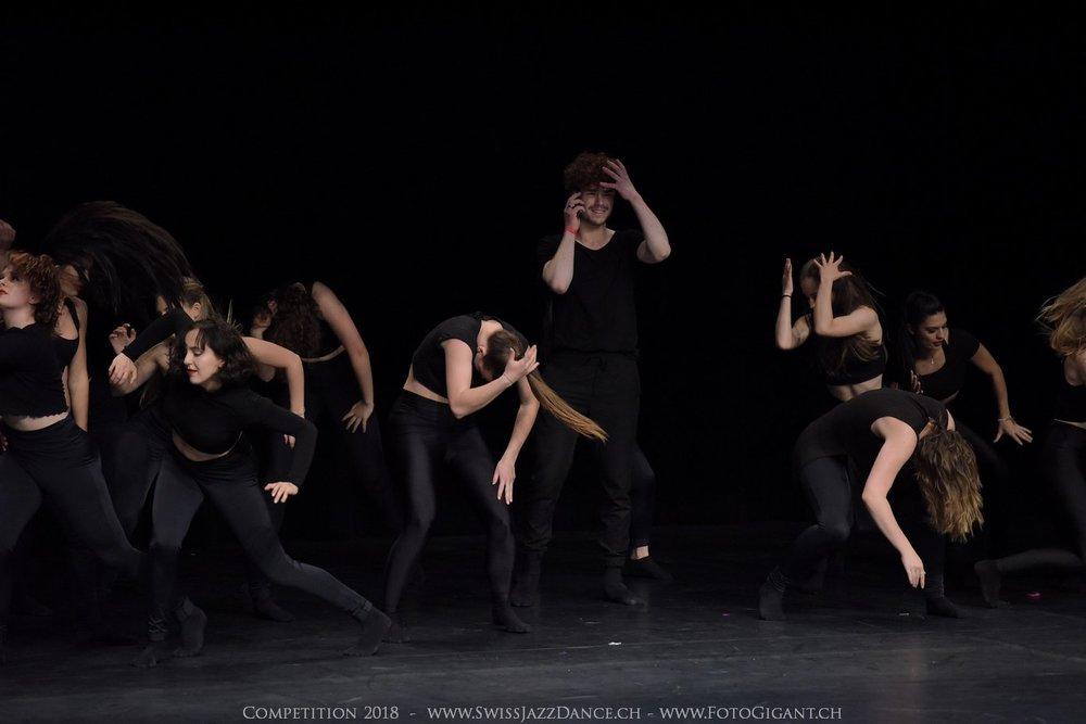 Showdance_2018_2963s.jpg