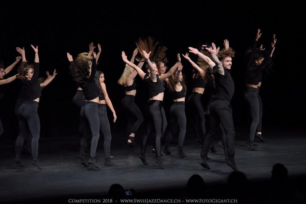 Showdance_2018_2977s.jpg