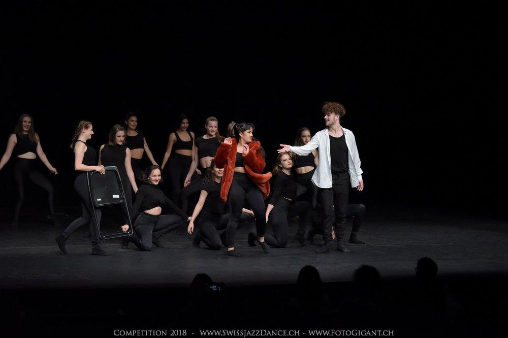 Showdance_2018_3050s.jpg