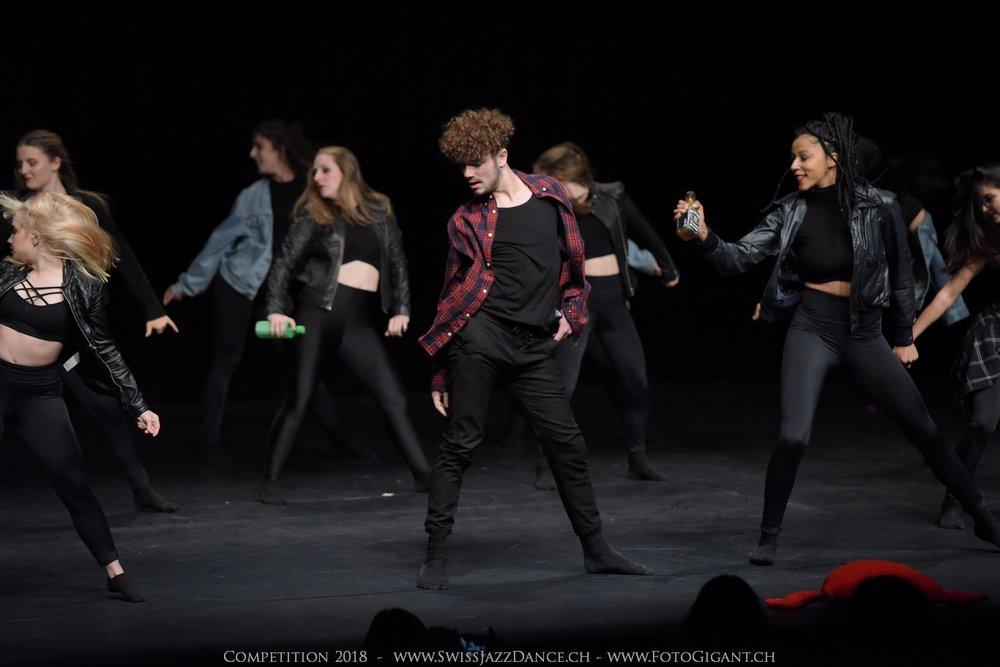 Showdance_2018_3089s.jpg