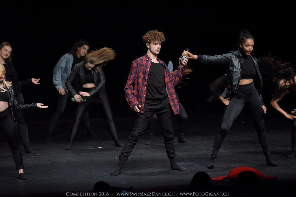 Showdance_2018_3091s.jpg