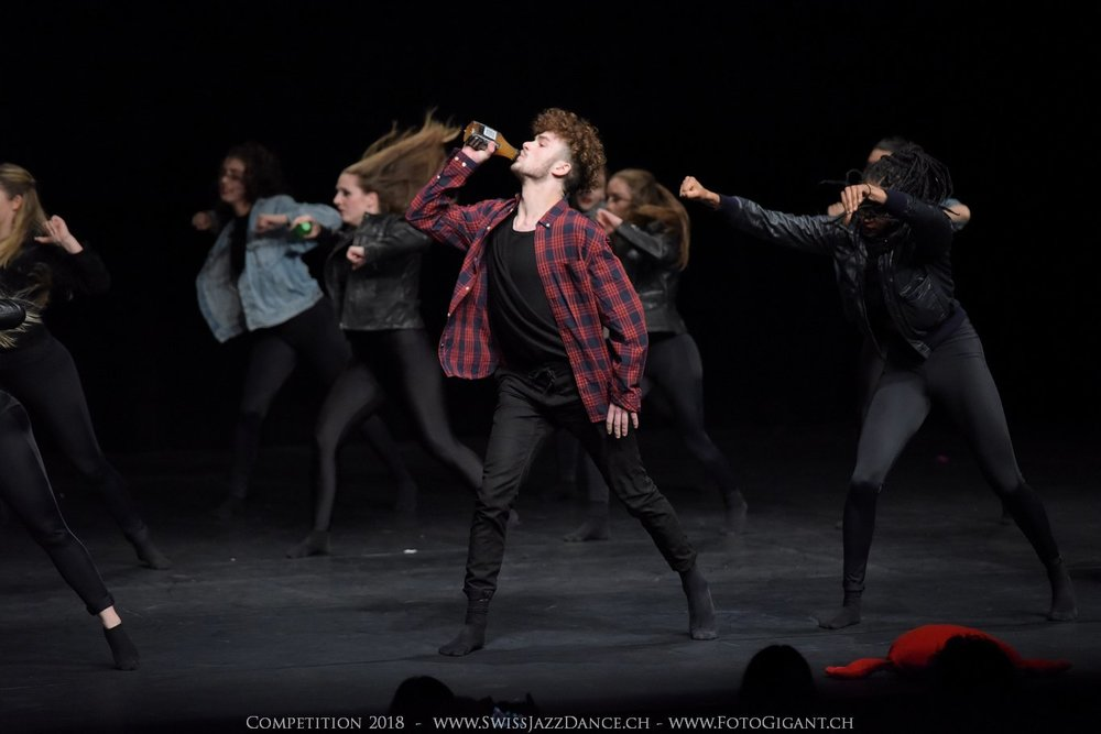 Showdance_2018_3093s.jpg