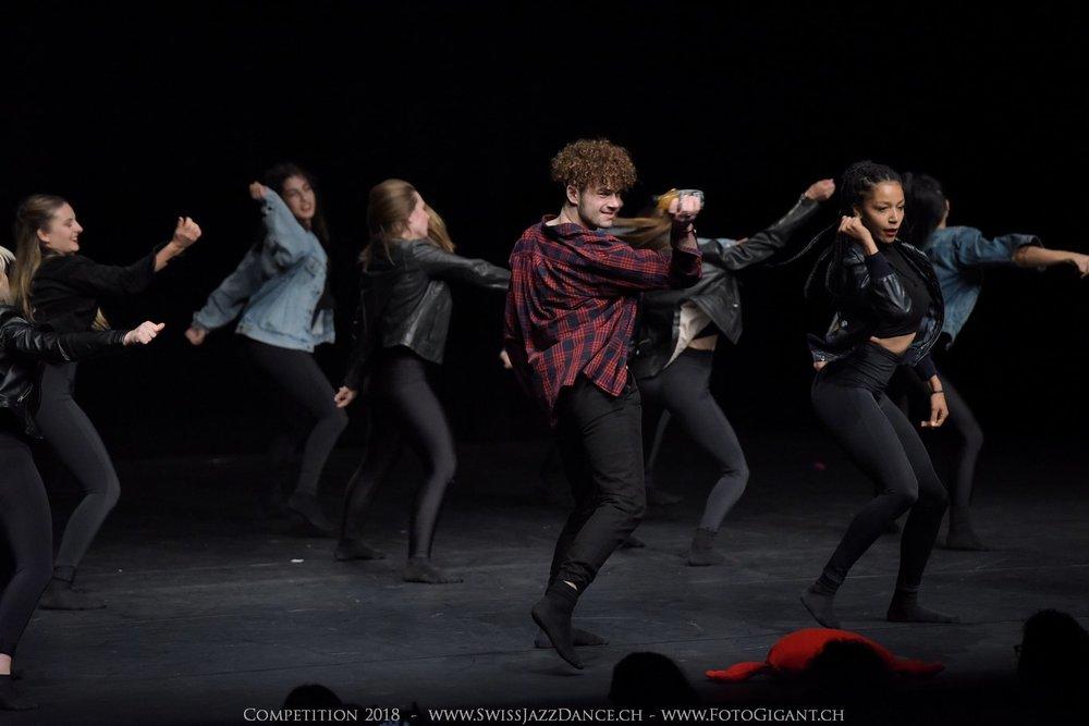 Showdance_2018_3095s.jpg