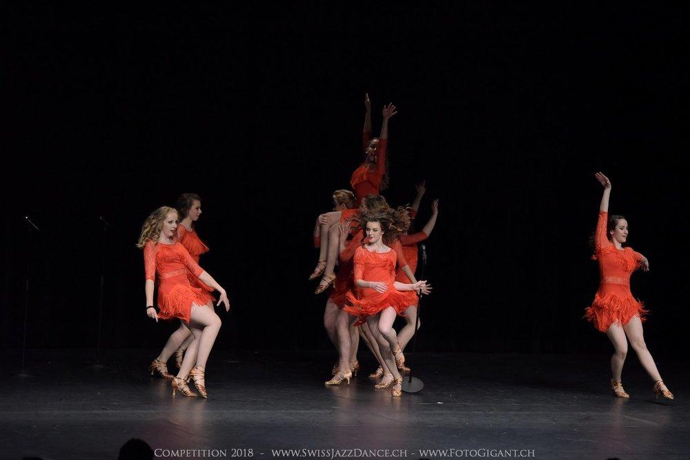 Showdance_2018_3208s.jpg