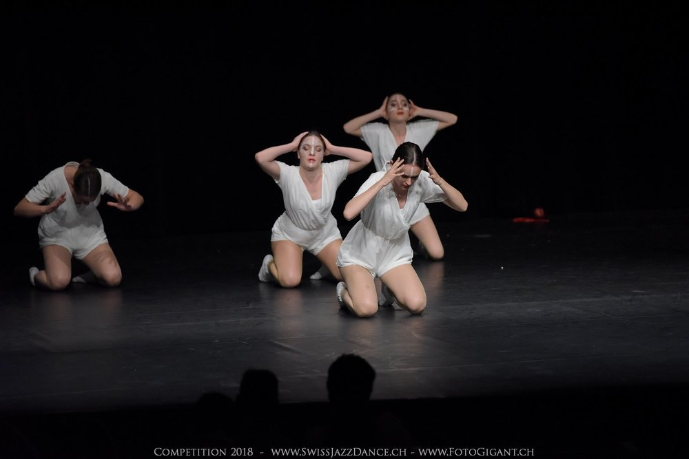 Showdance_2018_3370s.jpg