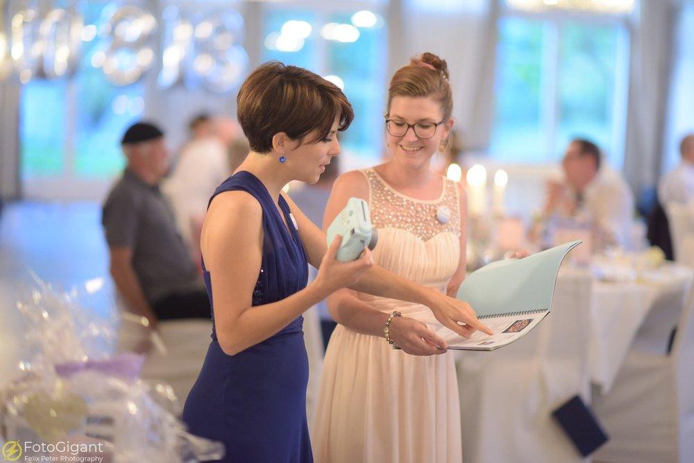 Hochzeitsfotograf_Bern_Thun_33.jpg