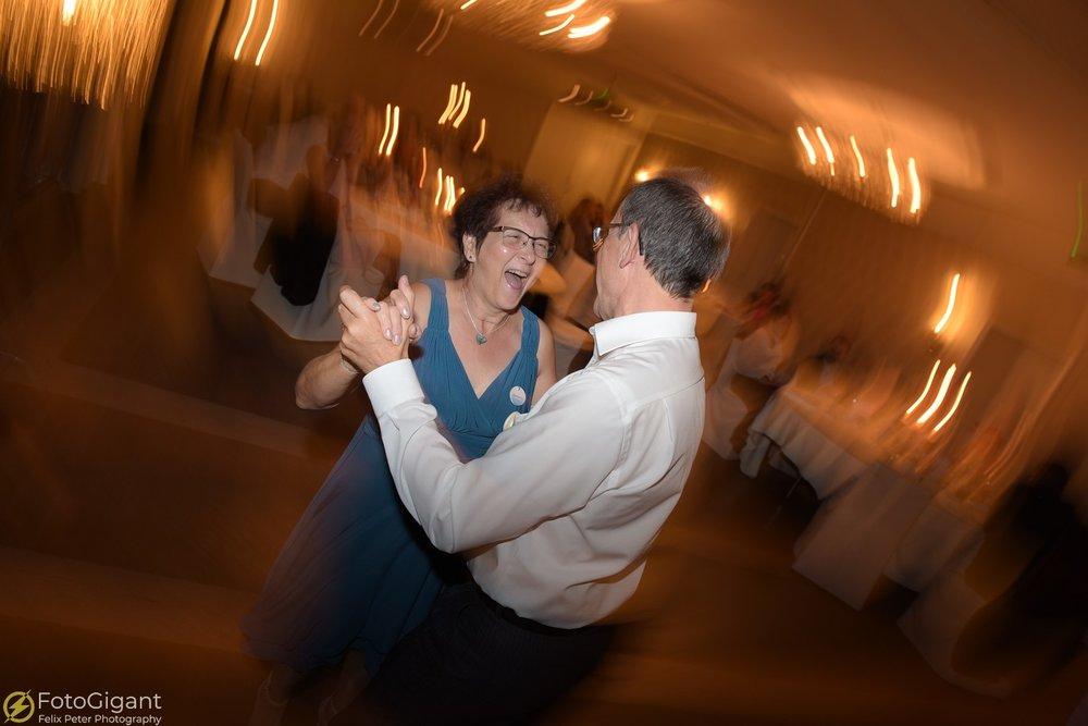 Hochzeitsfotograf_Bern_Thun_40.jpg