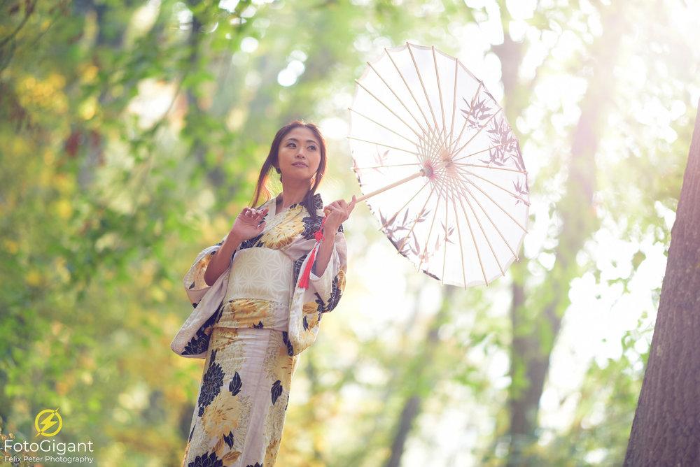 Japanese-Kimono_YuWi_FotoGigant_01.jpg