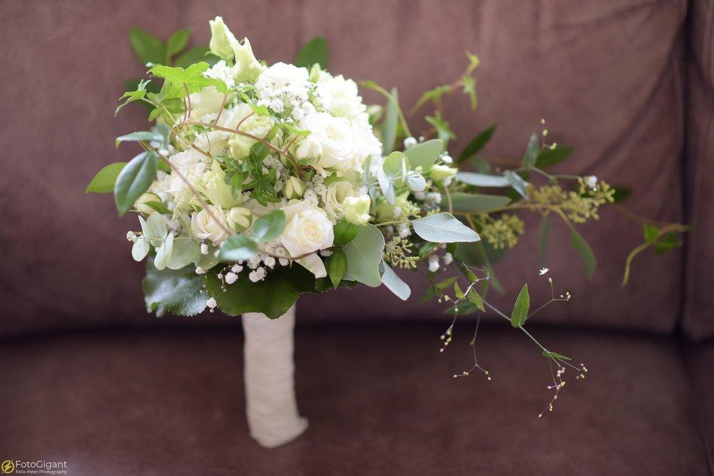 Hochzeitsfotograf_Laupen_Bern_03.jpg