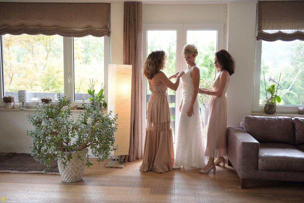 Hochzeitsfotograf_Laupen_Bern_08.jpg