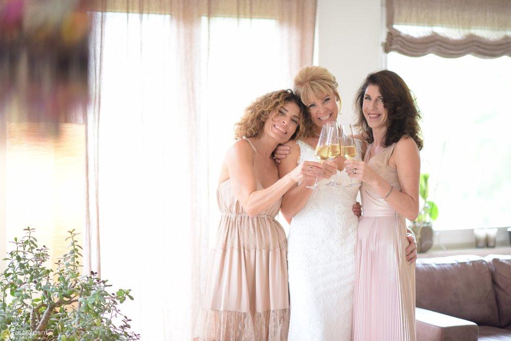 Hochzeitsfotograf_Laupen_Bern_11.jpg
