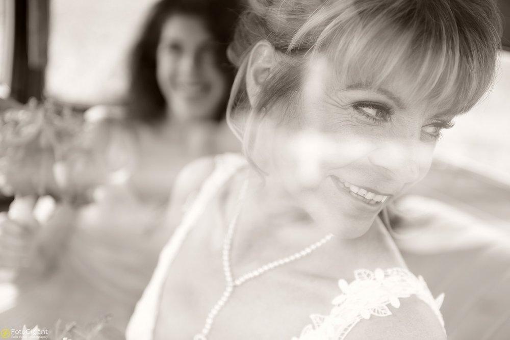 Hochzeitsfotograf_Laupen_Bern_15.jpg
