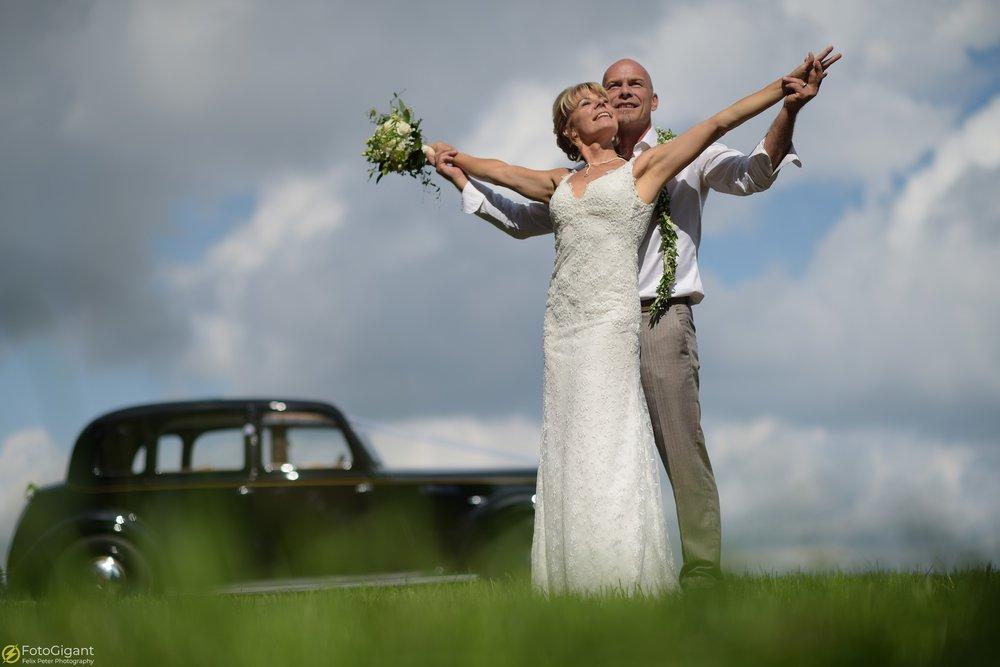 Hochzeitsfotograf_Laupen_Bern_23.jpg