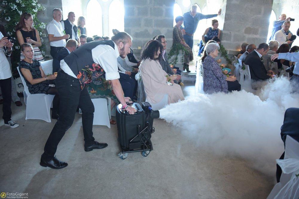 Hochzeitsfotograf_Laupen_Bern_33.jpg