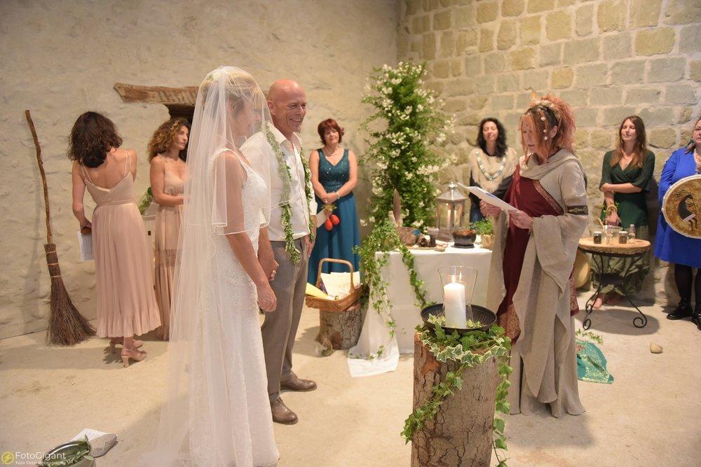 Hochzeitsfotograf_Laupen_Bern_35.jpg