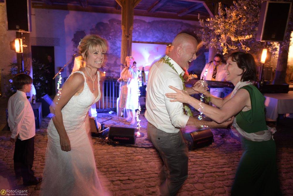 Hochzeitsfotograf_Laupen_Bern_45.jpg