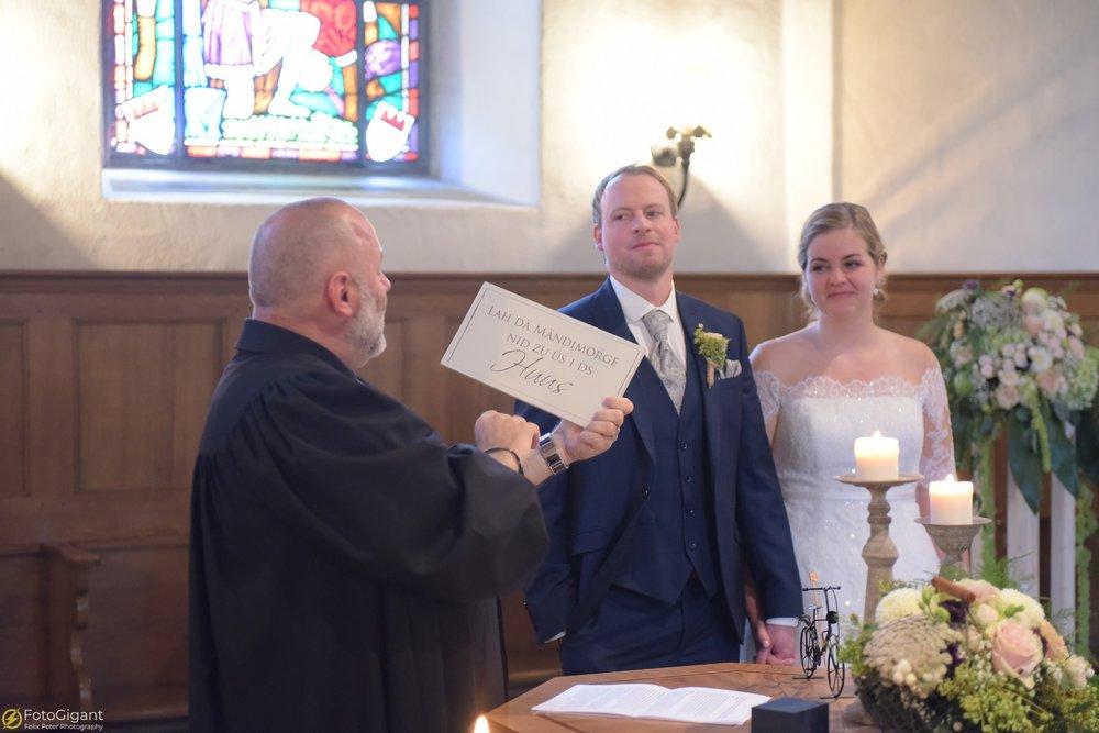 Hochzeitsfotograf_Felix-Peter_Bern_43.jpg