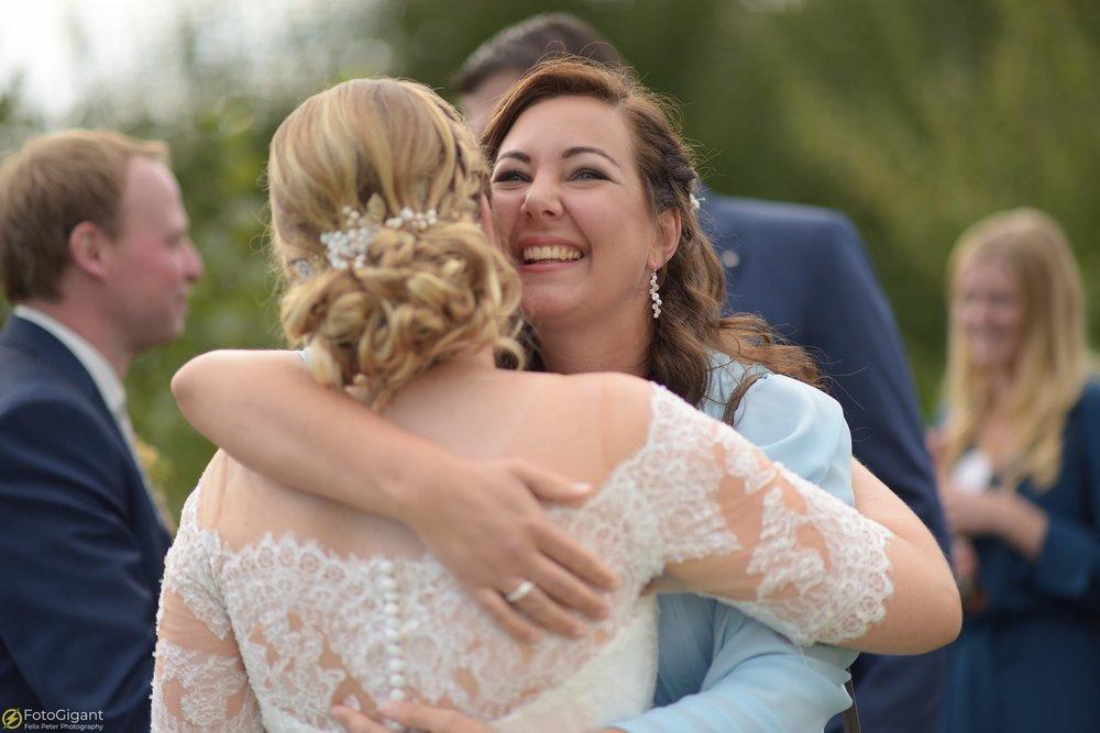 Hochzeitsfotograf_Felix-Peter_Bern_49.jpg