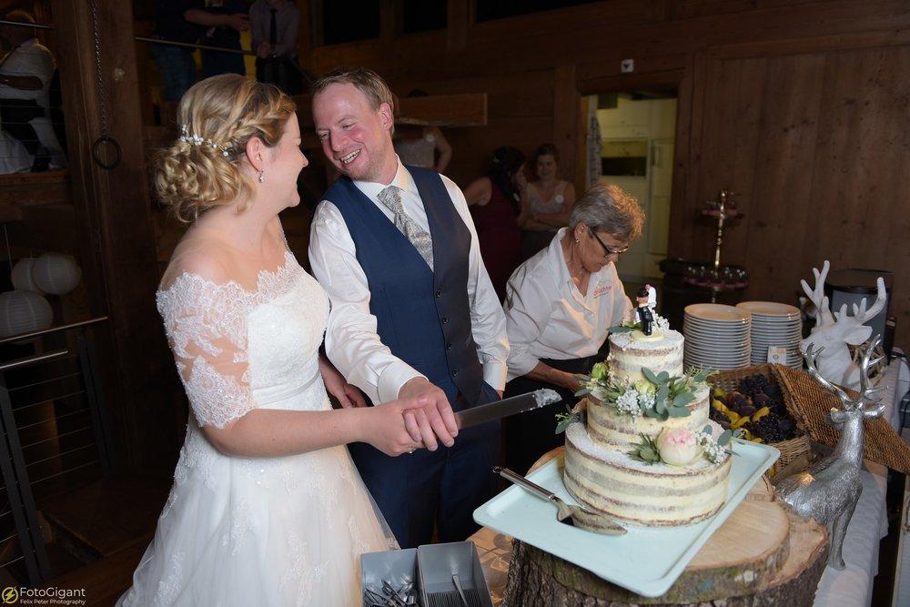 Hochzeitsfotograf_Felix-Peter_Bern_89.jpg