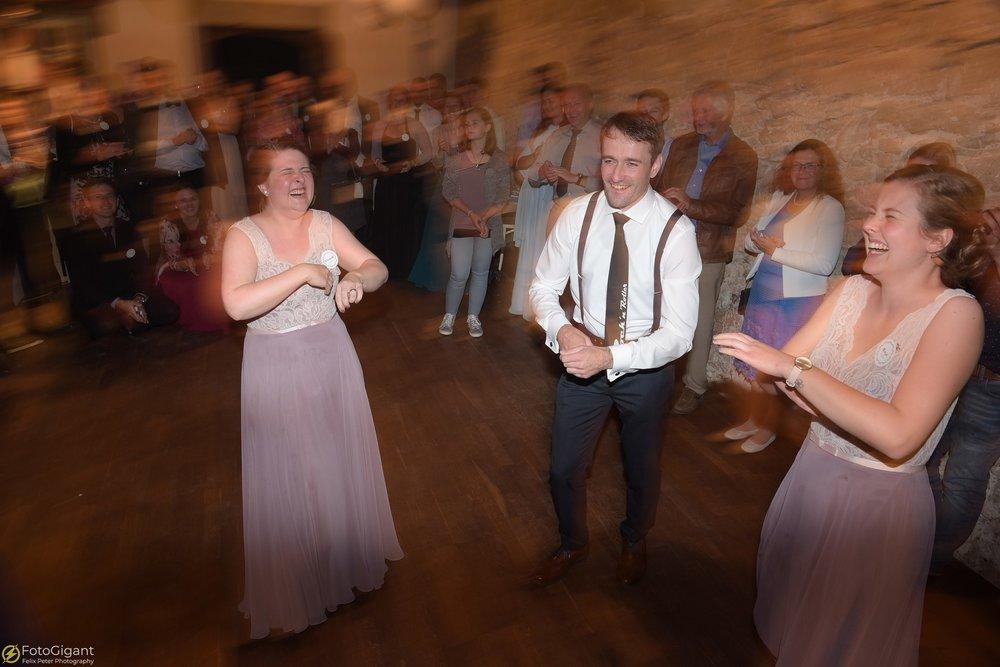 Hochzeitsfotograf_Felix-Peter_Bern_92.jpg