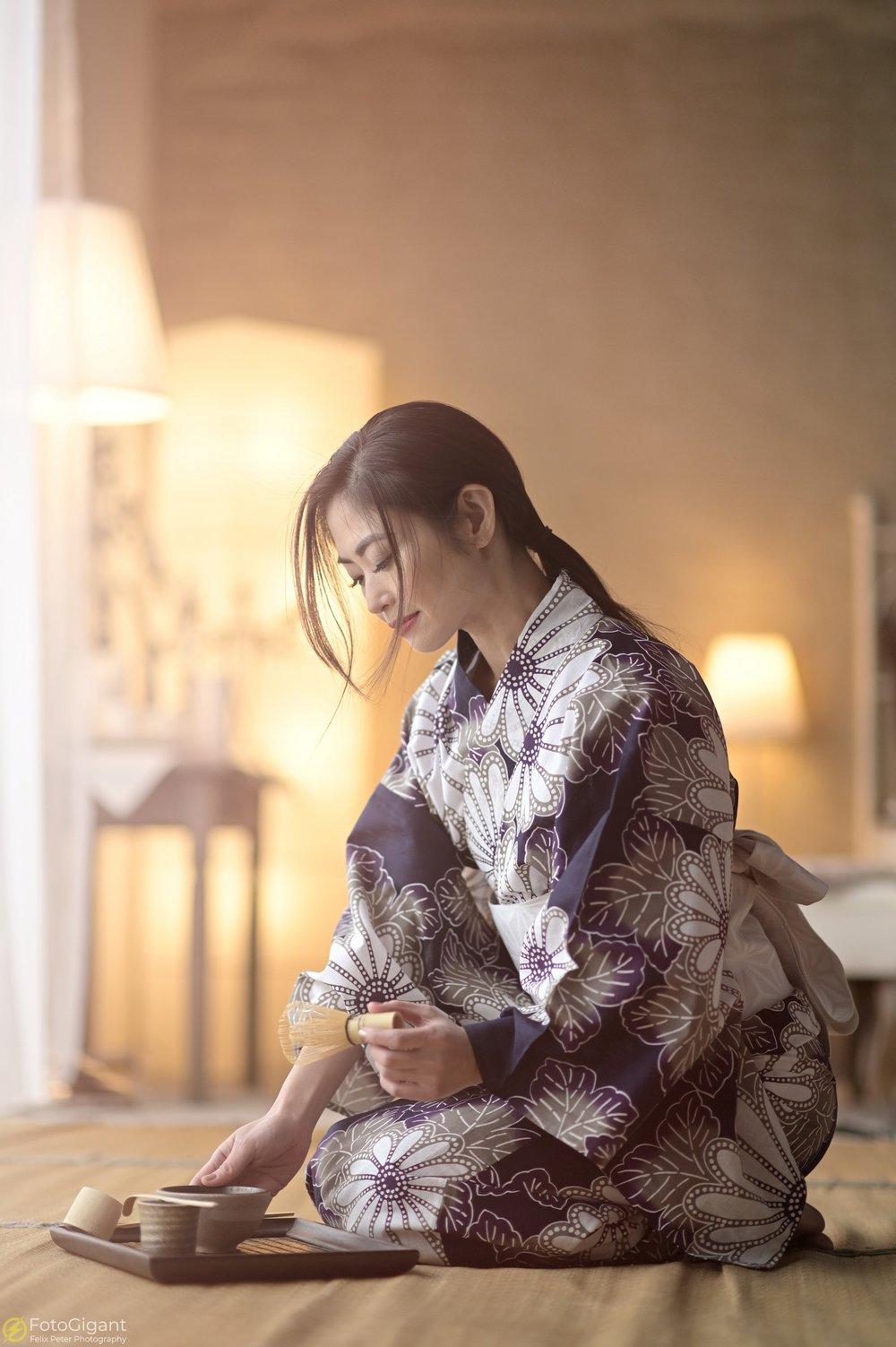 Japanese_Tea_Ceremony_03.jpg