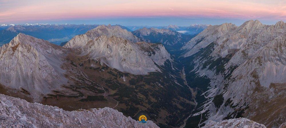 Karwendeltal Süd bei Sonnenaufgang.jpg