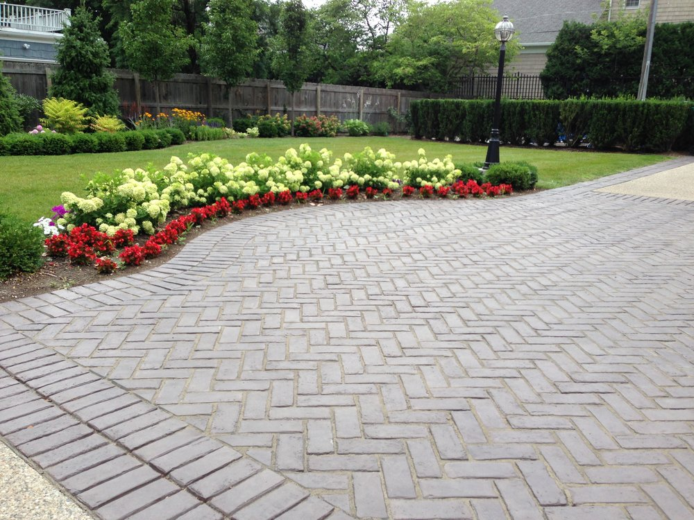 Brick paver drive in Grosse Pointe, MI, Metro Detroit