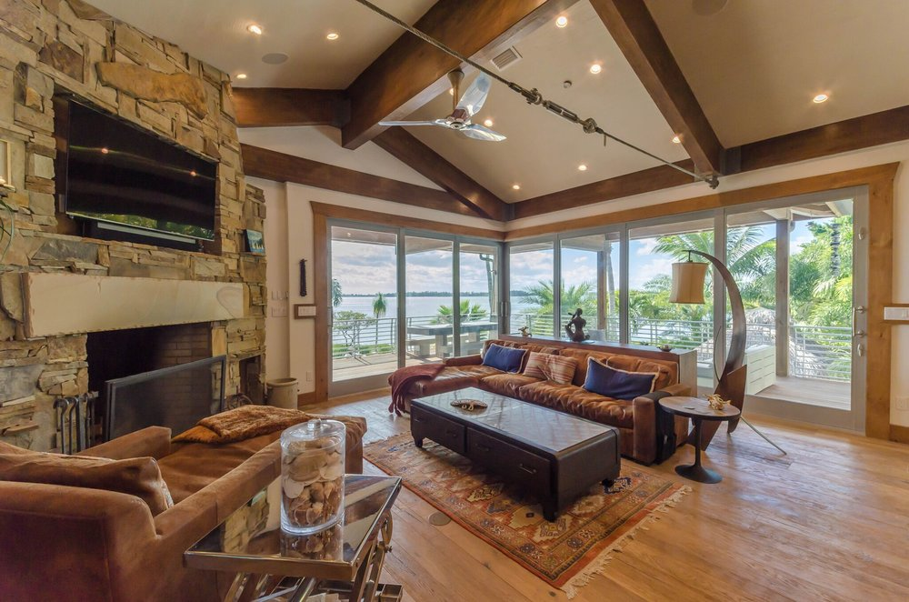 Living Room, 1.jpeg