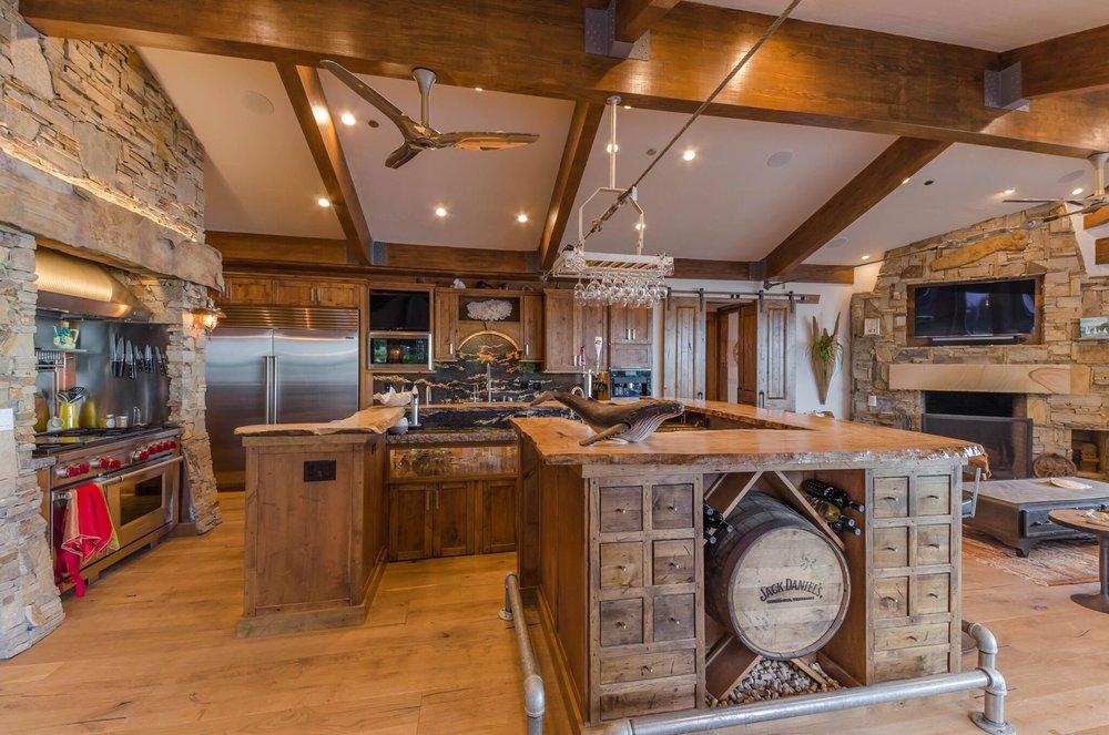 Range & Kitchen Bar, 1.jpeg