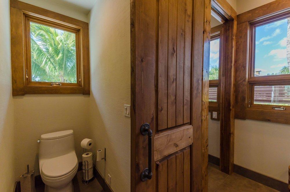 Guest Suite 1 Bath, 5.jpeg